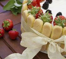 Orzeźwiający tort z owoców i galaretki PRZEPIS