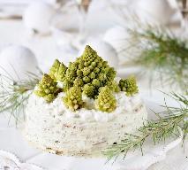 Efektowny tort sałatkowy: przepis