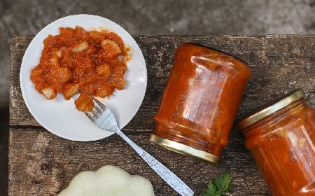 Dynia pasteryzowana w przecierze pomidorowym