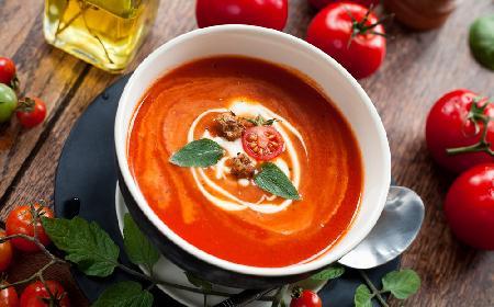 Krem intensywnie pomidorowy z menu beszamel