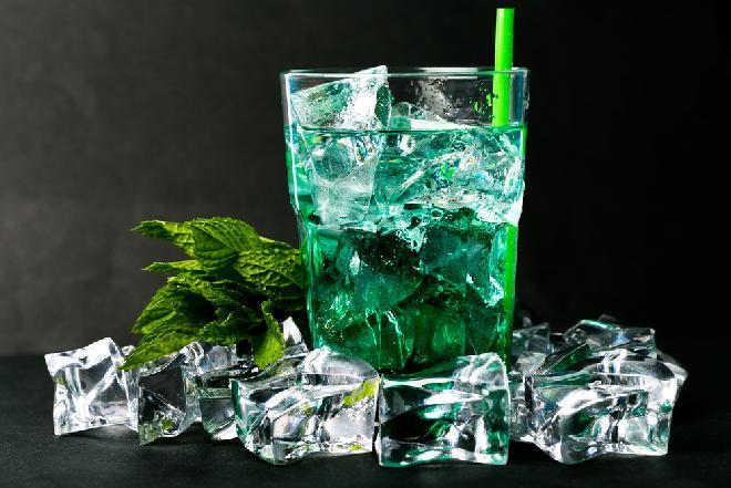 Wódka z syropem miętowym, czyli wódka z peppermintem