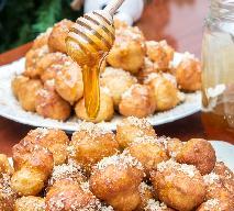 Loukoumades, czyli greckie pączki skąpane w miodzie