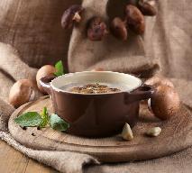 Zupa grzybowa z menu beszamel