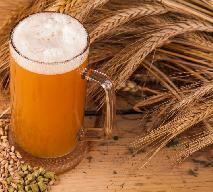 Domowe drożdże z piwa: jak zrobić drożdże z jasnego piwa?