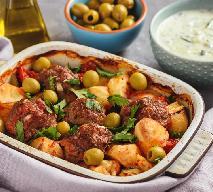 Klopsiki z warzywami pieczone w rękawie: pyszna kolacja, łatwy przepis