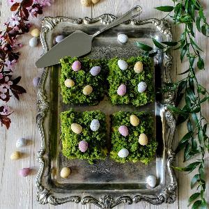 Wielkanocny mech: pyszne ciasto z kremem mascarpone