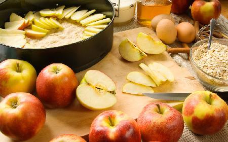 Dietetyczna szarlotka bez mąki: jesz ile chcesz