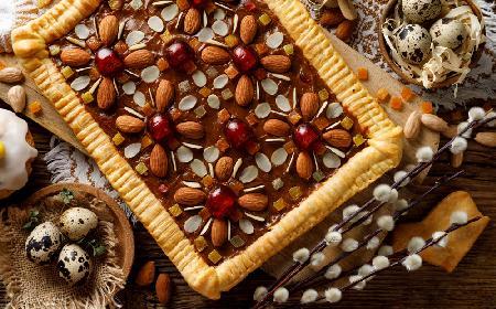 Mazurek karmelowy - sprawdzony przepis na Wielkanoc