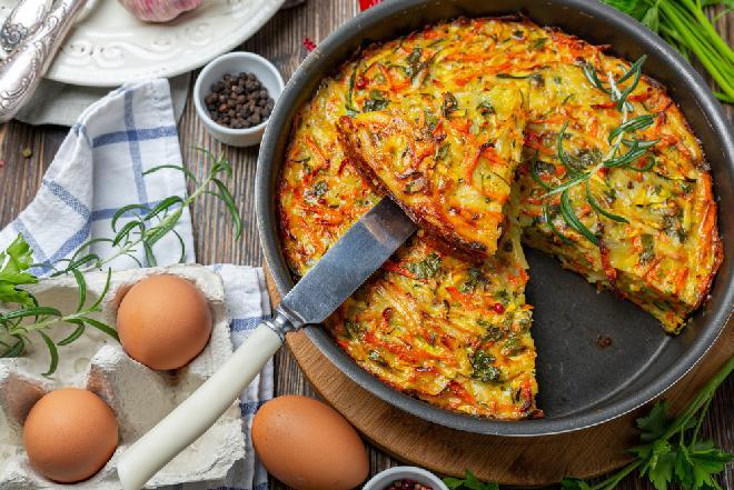 Warzywny kugel: niesamowicie pyszny i prosty przepis ze starej książki kucharskiej